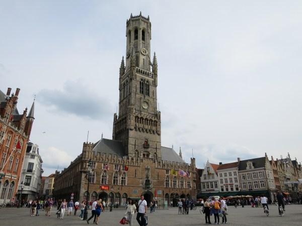 Visiter Bruges fauteuil roulant Markt