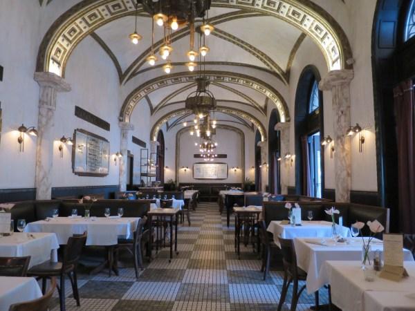 Budapest Food Callas Café & Restaurant