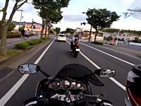 松井山手でベンツにおかま掘られたZZR1200乗りの車載ビデオ(´・_・`)