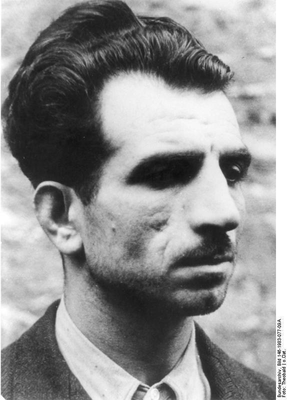 Der rote Maquis in Frankreich Ein in Gefangenschaft geratener französischer Terrorist. Foto. Kriegsberichter Theobald