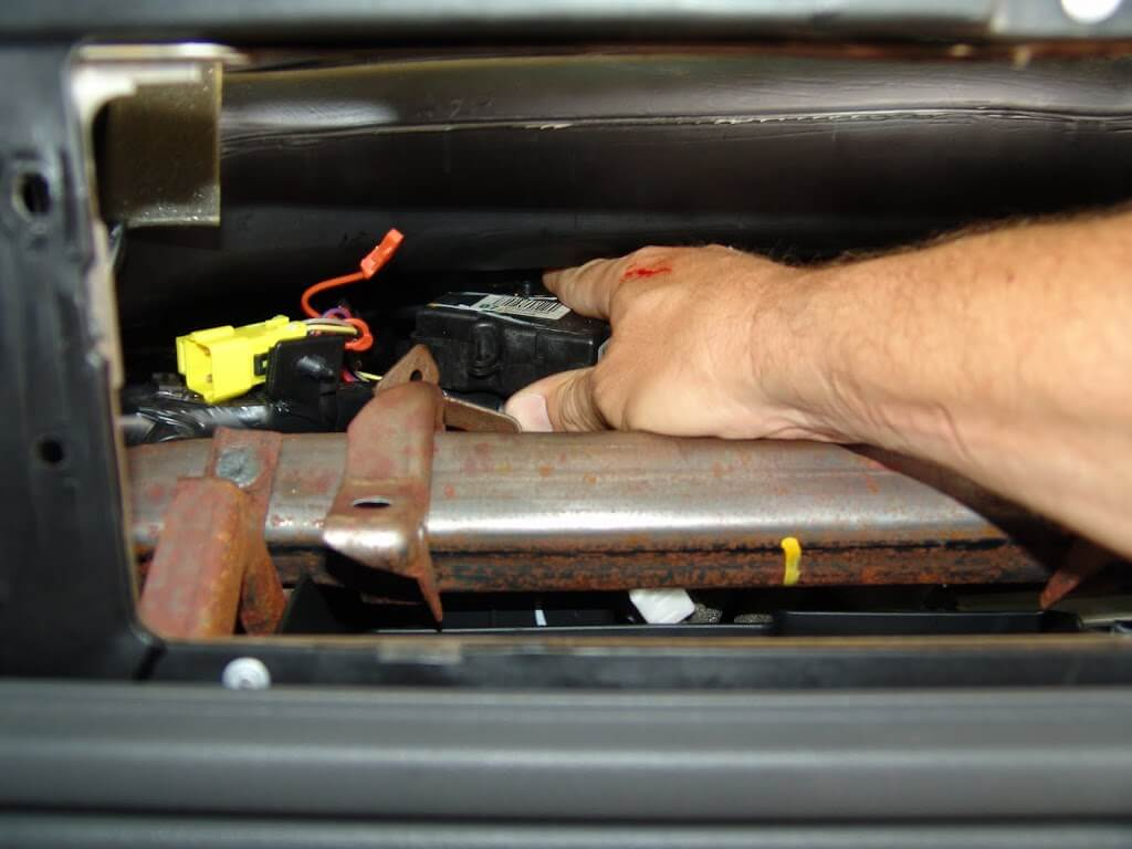 Sparky U0026 39 S Answers   Fresh Air Door Actuator Part 2