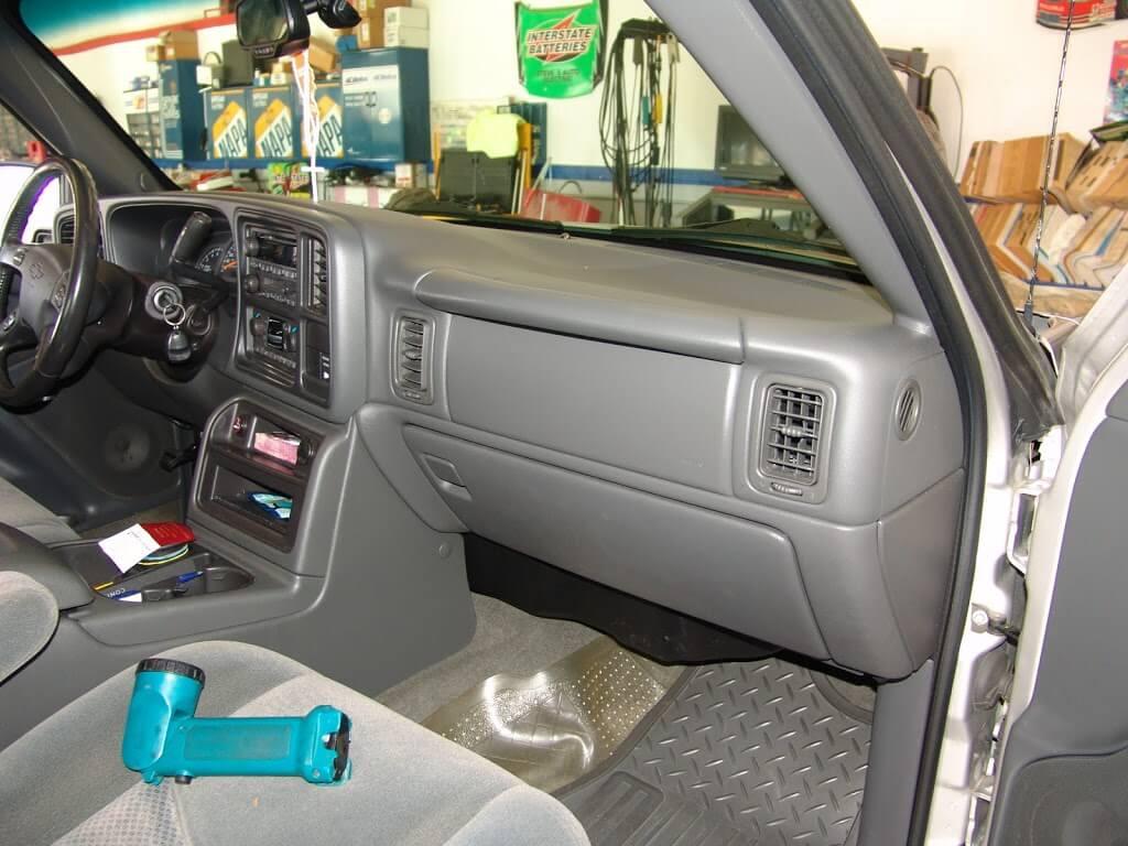 Sparky S Answers 2004 Chevrolet Silverado Dash Cover