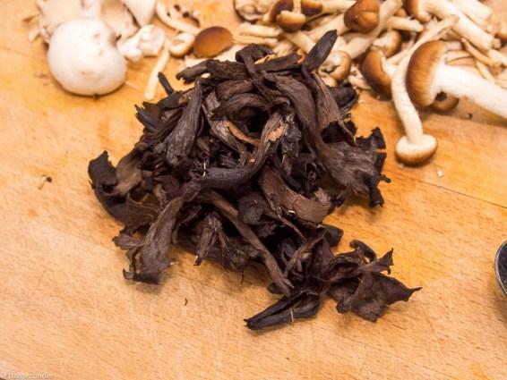 Pompoen gevuld met paddenstoelen risotto-41