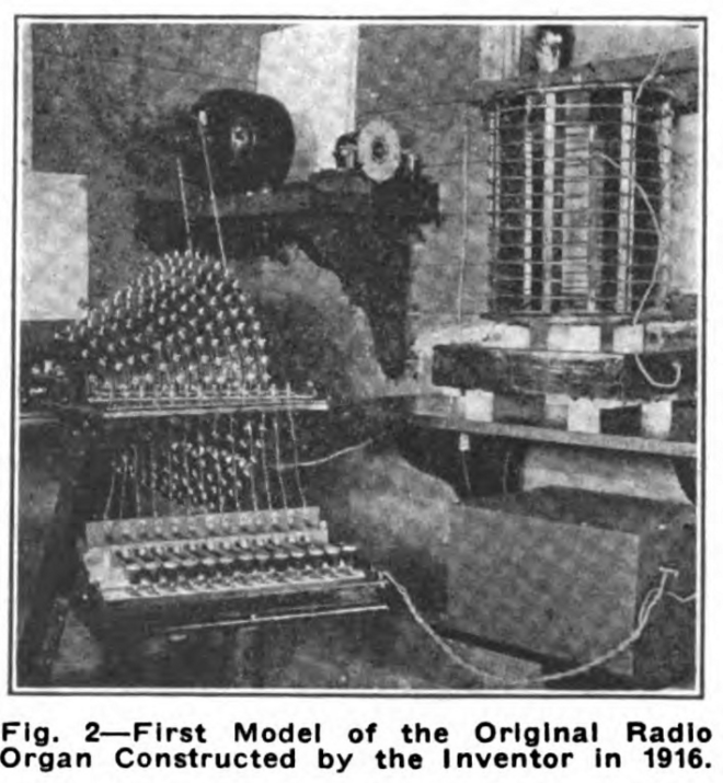 A one-octave early Prototype of the Wireless Organ