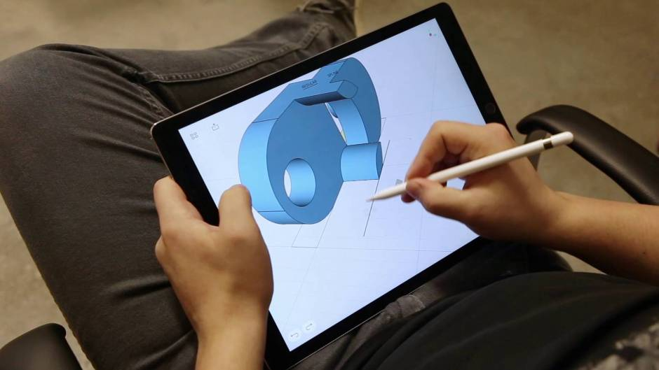 shapr3d-person-drawing