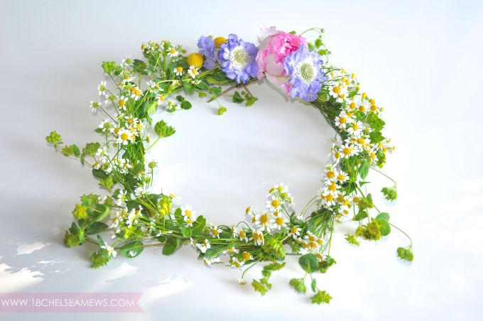 DIY wildflower wreath.2.www.18chelseamews.com