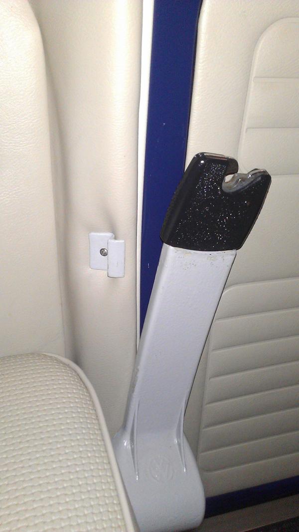 '67 seat belt clip