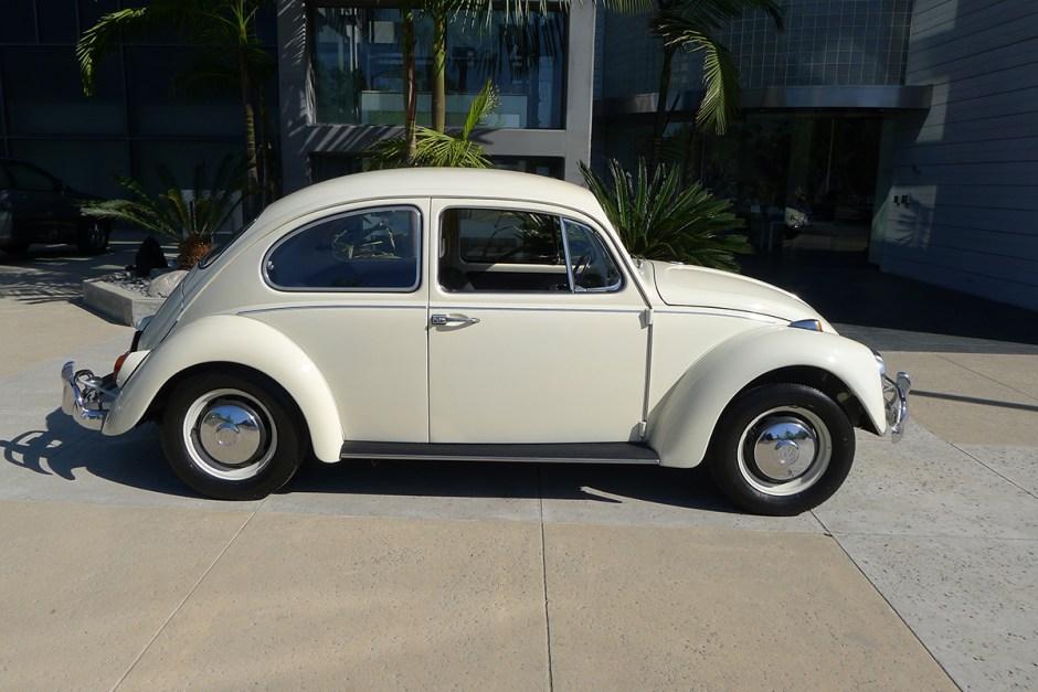 Ara Aghamalian's '67 Beetle