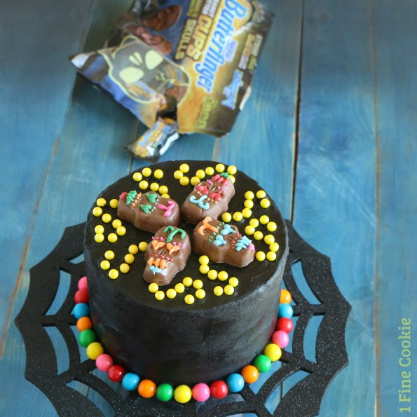 dia de los muertos, day of the dead, cake, easy, decorated, decorating, candy, skulls, bright, recipe, tutorial, picture, photo, beginner, baker,