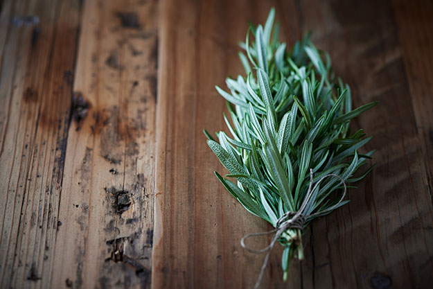 Herb Garden Tips | How to Dry Herbs