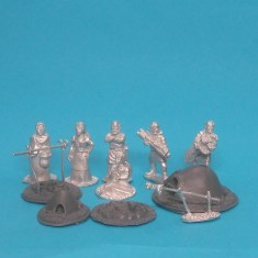28mm medieval camp followers