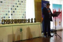 5 Presidente RCL con los Trofeos