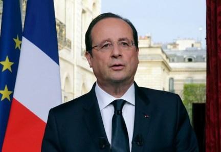 1-Hollande-Scandal