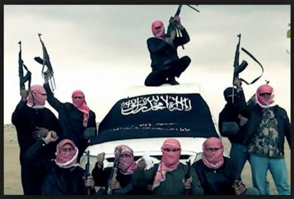 al-Nusra-Front-w-flag-768x521