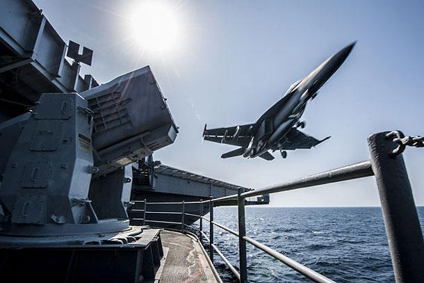 F18-launch