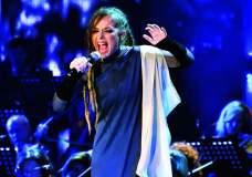 Rona Nishliu këndon në Beograd