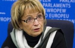Doris Pack nga Shkodra: Statusi duhej të ishte marrë me kohë. Në Kuvend ka urrejtje. Të ndalet bojkoti i PD