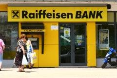 Raiffeisen Bank: 10-vjet në Shqipëri me 700 mijë klientë