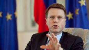Kriza politike prek marrëdhëniet Kosovë-BE