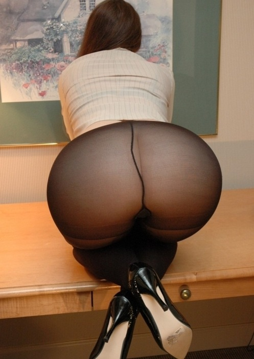 big ass pantyhose fetish
