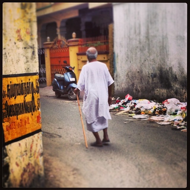 The old man and his stick #chennai #india (at Kodambakkam)