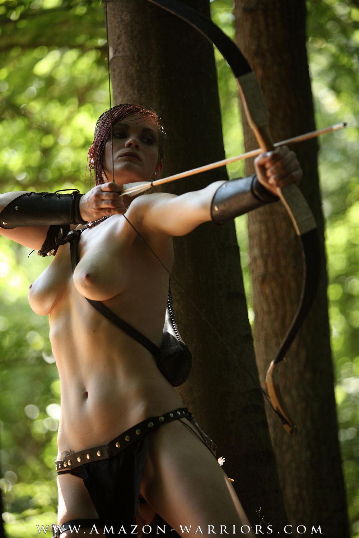fatal women amazon warriors arrows