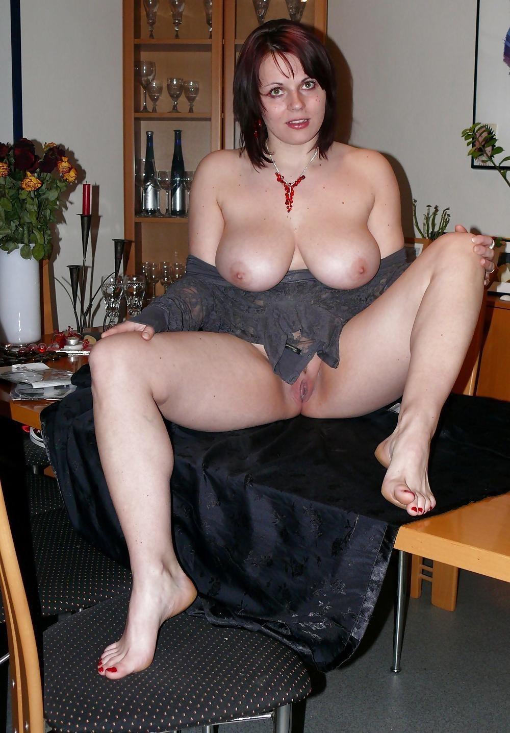 nude chubby amateur mom