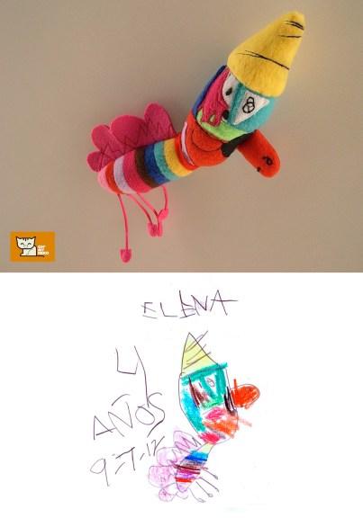 Foto de muñeco y dibujo
