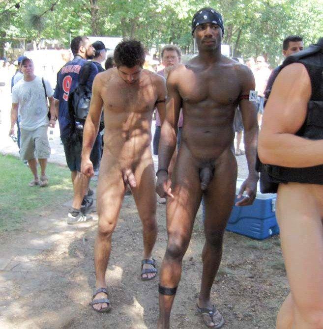 tumbler nude public street