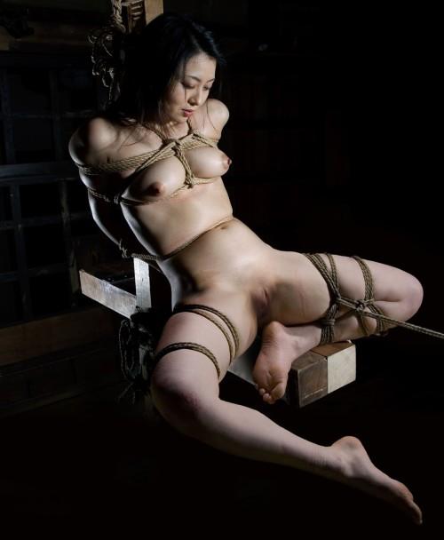 Japanese rope bondage girl and