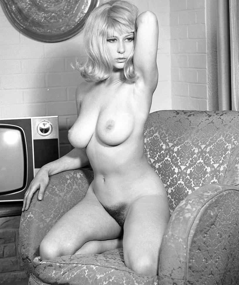 Valuable Blonde vintage nue