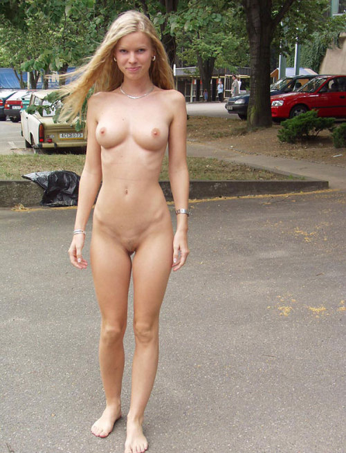 fetish girls nude in public