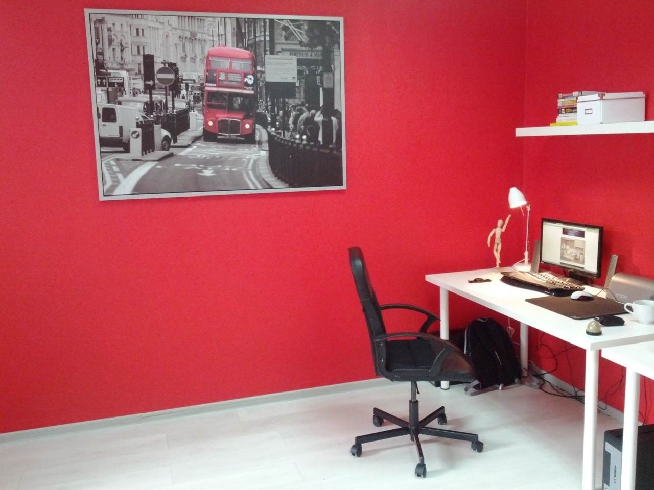 Submission from Daniil: My desk in new office. Nicely done. Submit your own desk, or one you found on the web, here.