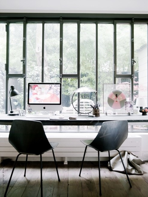 Influenza A virus subtype H5N1 serial which showcases the best workspaces  Workspace Inspiration #5