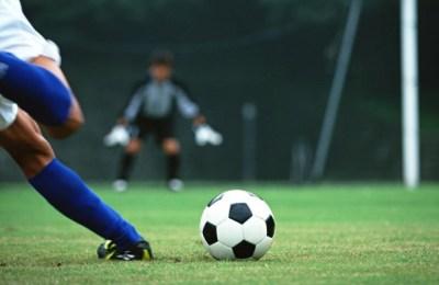 素晴らしいFKゴール動画あげてけ…速すぎて見えない!渾身の弾丸フリーキックゴール映像が話題 サッカーギリシャ1部、クサンチ対パネトリコス戦