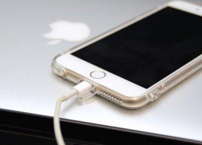 iPhone6Plusが突然発火 ベッド上で充電は要注意…なぜか話題にならない日本国内で大量の発火報告