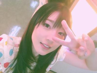 内田真礼さんの茶髪ショートが不評…カワイイ系アイドル声優の過激な過去個撮ショットほか最新画像