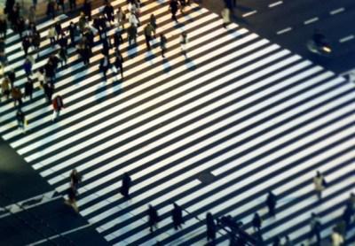 人にぶつからない横断歩道 画期的なデザイン公開(画像) へぇー(´・∀・`)