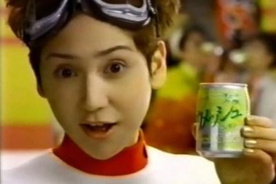 鈴木蘭々さんの現在 全盛期と変わらぬすっぴん披露<画像>13歳デビュー前素人時代動画ほか