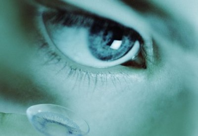ソニー、写真・動画をまばたきで撮影するコンタクトレンズの特許申請 スマホとワイヤレス接続も可能