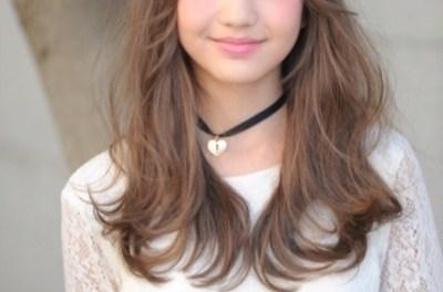 木村ユリヤちゃん12歳 千年に一度の小学生モデルにおじちゃんたち困惑