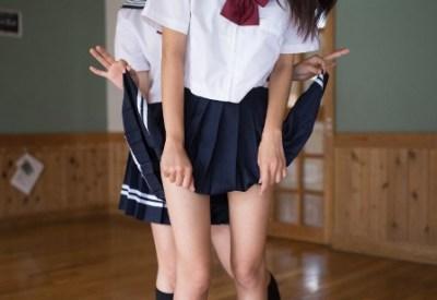 かわいいスカートのめくりかたとかいう青山さんの新作写真集<画像あり>これが芸術か・・・