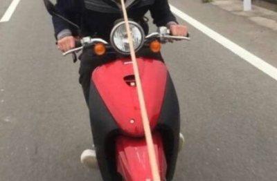 超悪質バカッター炎上の真相 友人の首にロープ巻きつけバイクで引っ張って運転
