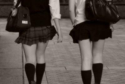 NHKが女子高生にセクハラインタビューしてると話題に →キャプ画像