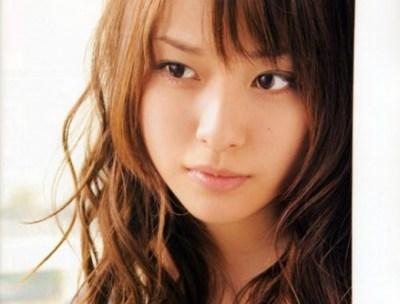 戸田恵梨香似の美人すぎる「製菓会社社員」が職場に居たら頑張れちゃう!と話題に