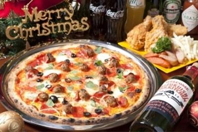 【悲報】クリスマスのピザ屋さん 絶賛大炎上