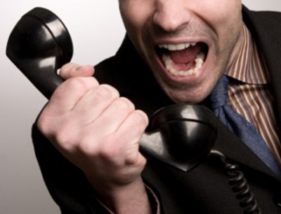 芸人ガリガリガリクソンさん イタ電された番号を晒しながら電話を1000回以上かける