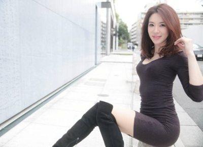 【42歳の女子高生】セクシーすぎる『美熟女』岩本和子のJK姿が大反響 →動画像