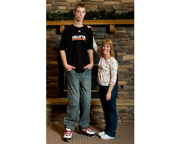 brenden adams mother measuring height