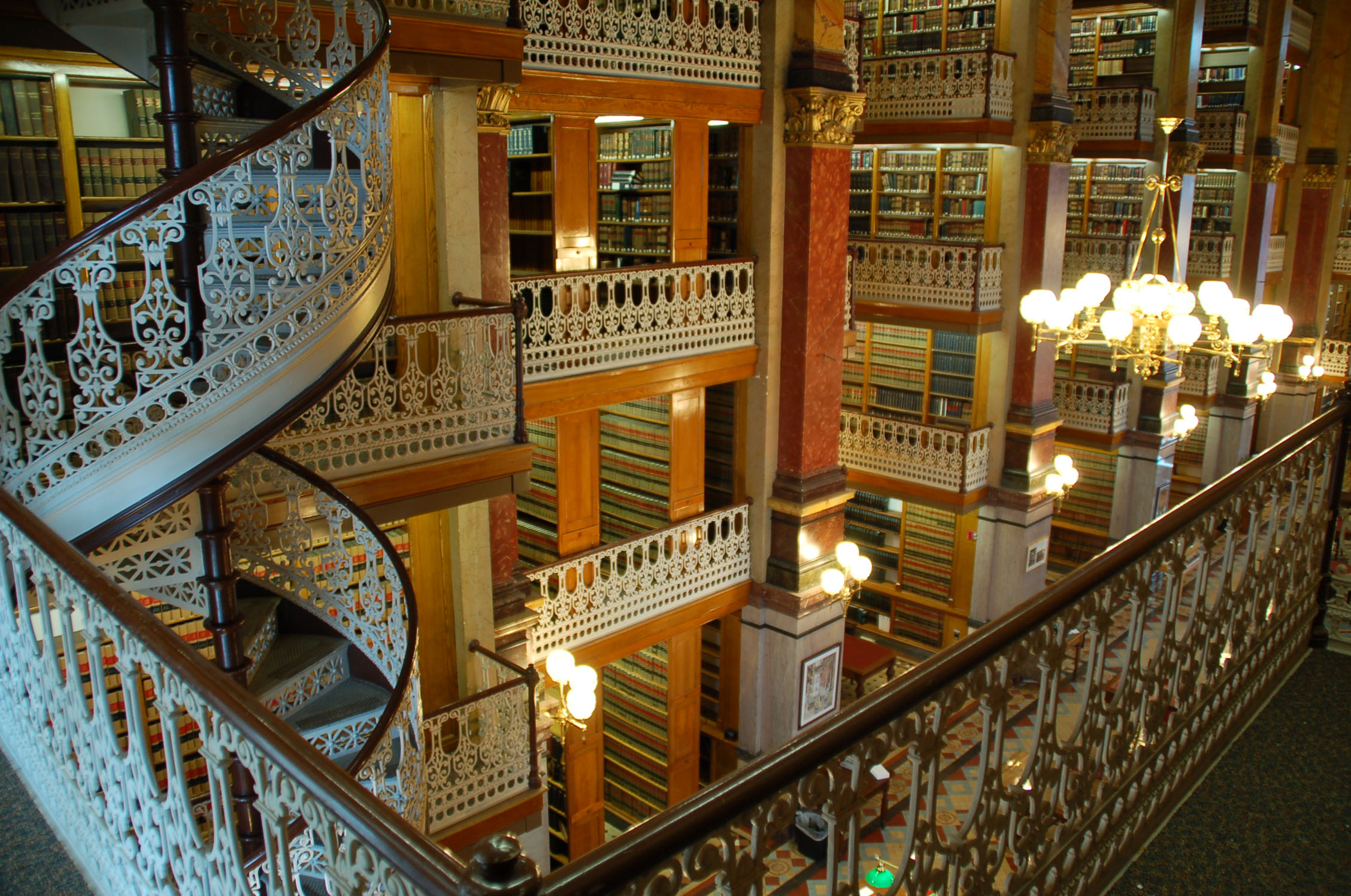 Library-in-florence-italy-awesome-design